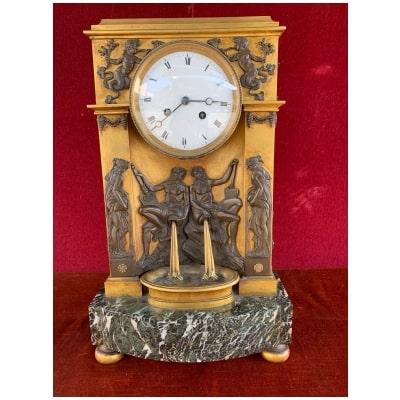 Pendule Borne en bronze XIXe siècle