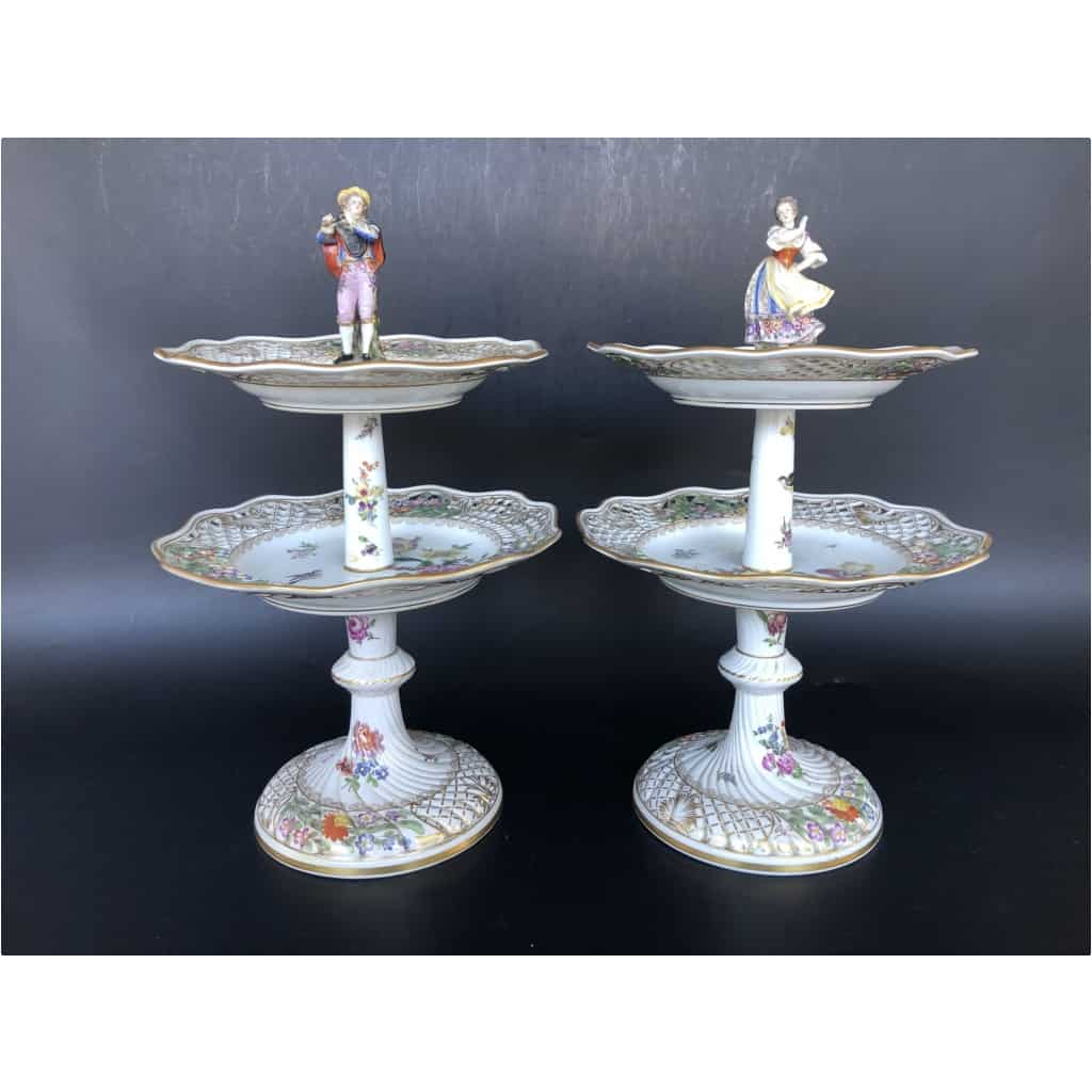 Paire De Serviteurs De Table En Porcelaine Vers 1900 4