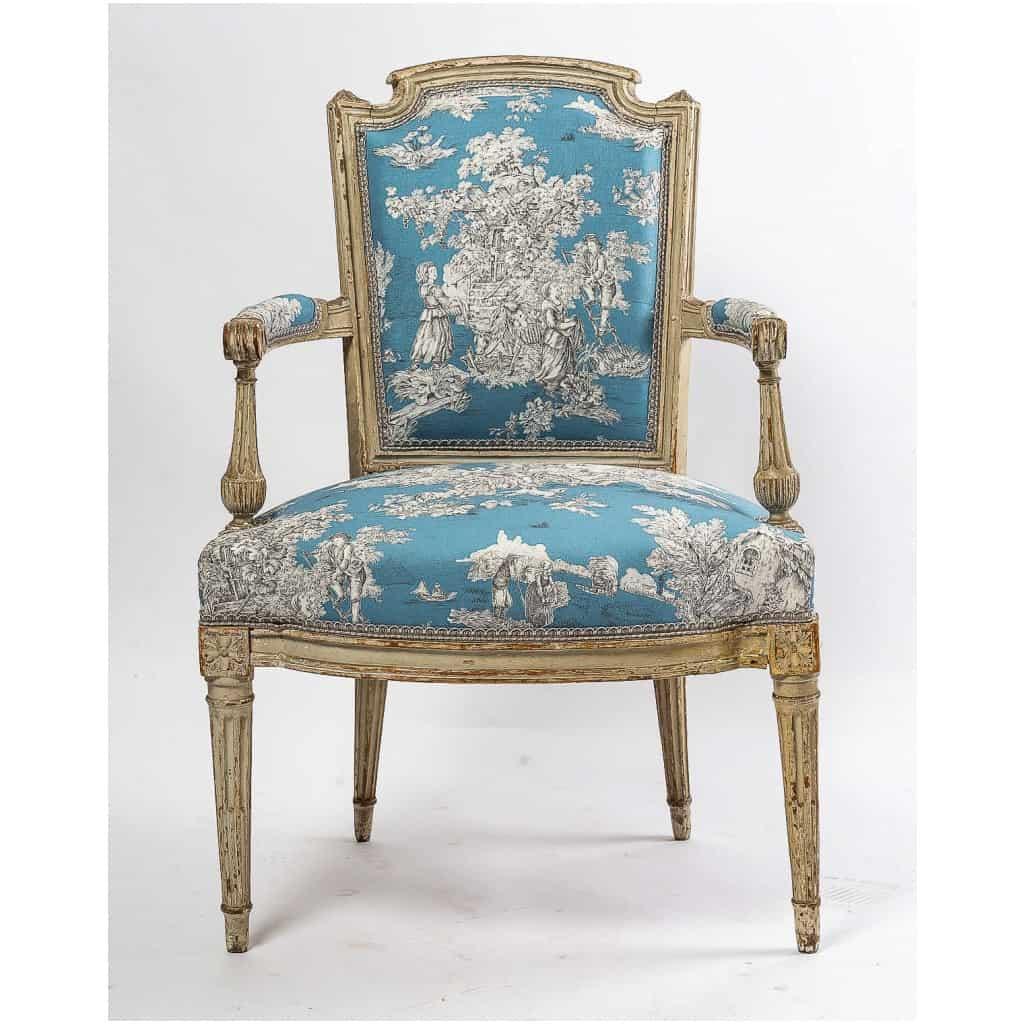 Paire de fauteuils en hêtre laqué mouluré et sculpté époque Louis XVI vers 1780 6