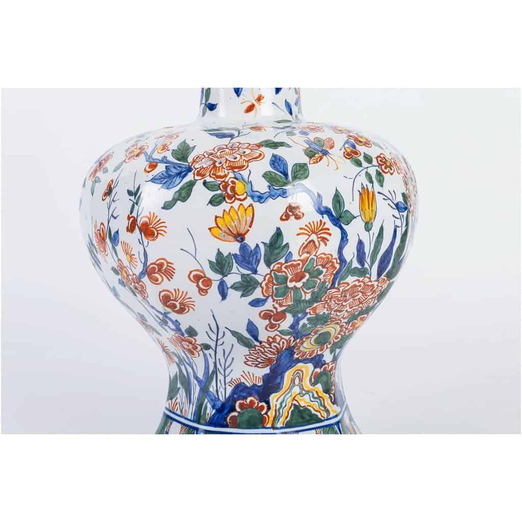 Marque Pk – Vase bulbe en faïence polychrome de Delft XIXème siècle monté en lampe 13