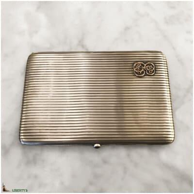 Porte-cigares argent monogrammé or avec fermoir saphir, larg. 12.5 cm (Deb. XXe)