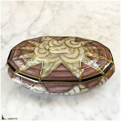 Bonbonnière art-deco porcelaine E. Tharaud, 17 cm x 10.5 cm (Deb. XXe)