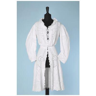 Manteau d'été 1880 en lin blanc brodé