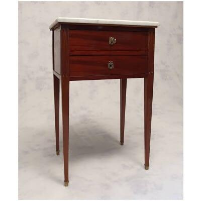 Table De Chevet Style Louis XVI – Acajou De Cuba – 19ème