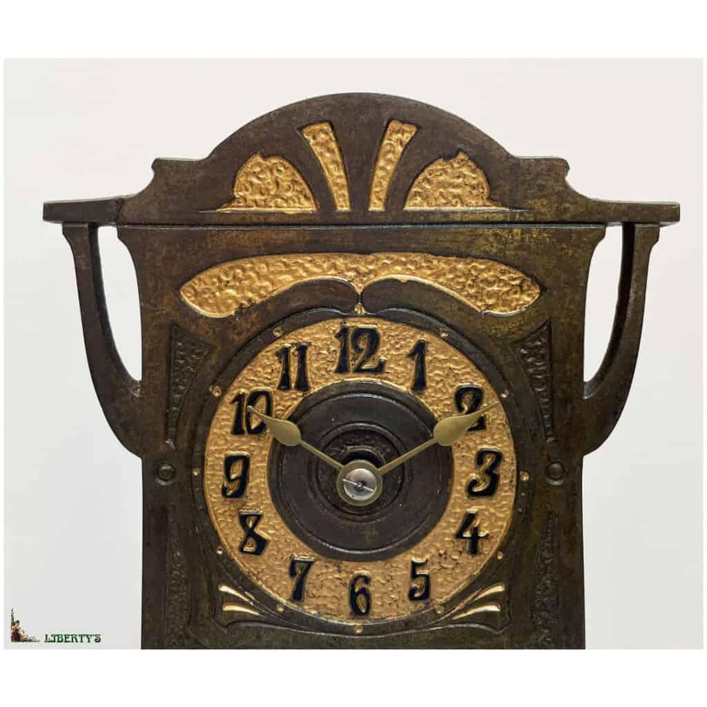 Pendule cage bronze patiné Art Nouveau 400 jours avec décor intérieur d'un paon, Haut. 30 cm, Deb. XXe - 2