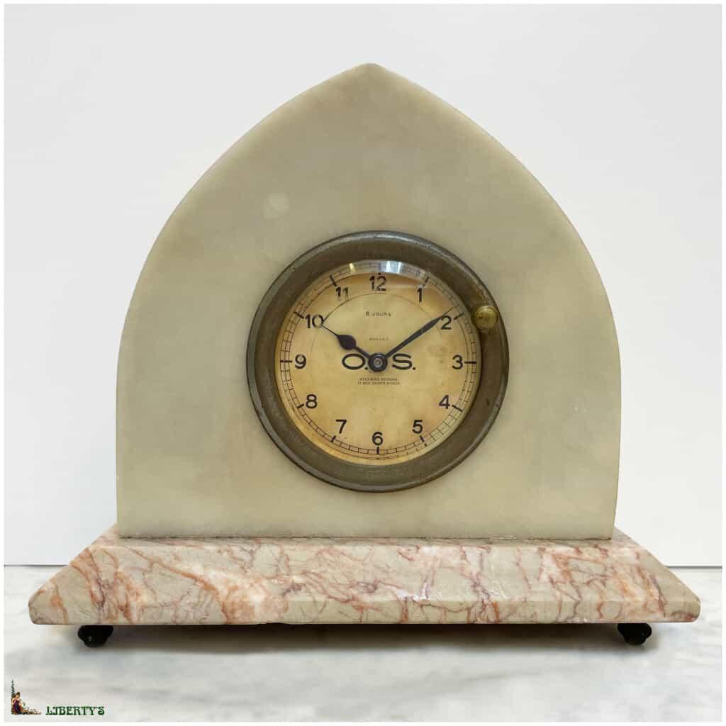 Pendule Art-Deco onyx et marbre Seignol Paris avec mouvement 8 jours, larg. 21 cm, Deb XXe