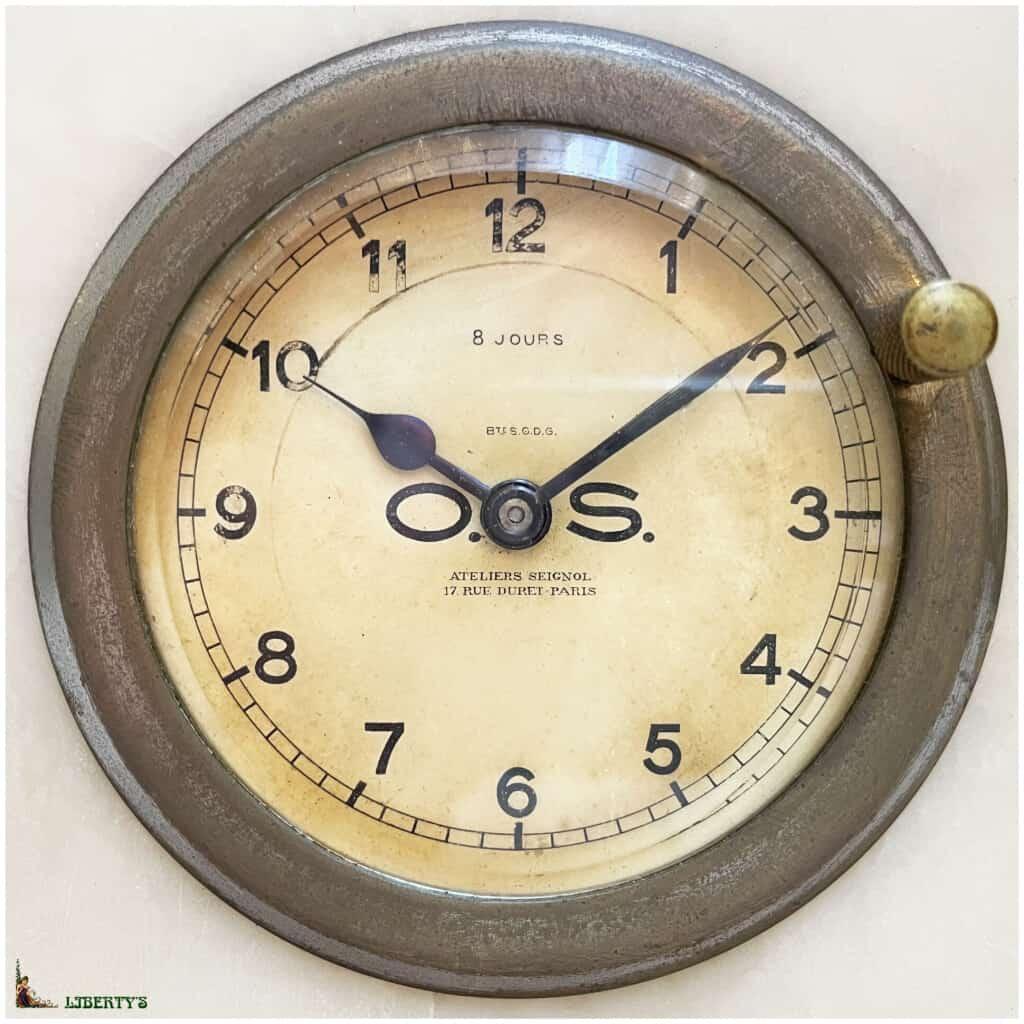 Pendule Art-Deco onyx et marbre Seignol Paris avec mouvement 8 jours, larg. 21 cm, Deb XXe - 2
