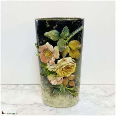 Vase barbotine Art-Nouveau avec fleurs, haut. 27.5 cm, Fin. XIXe