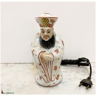 Veilleuse brûle-parfum Art-Deco porcelaine de Limoges sujet dignitaire chinois, haut. 18 cm (Deb. XXe)