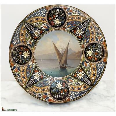 """Plat avec paysage peint Emaux de Thoun """"Lac Leman avec le pic du Midi"""", diam. 33.5 cm (Fin.XIXe)"""