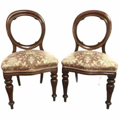 Paire de chaises en acajou massif d'époque 19è