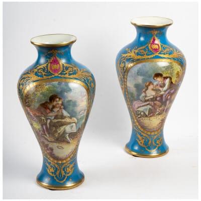 Paire de Vases bleu céleste St. Sèvres XIXème