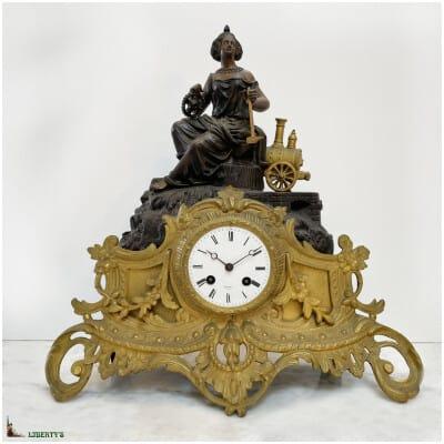 Pendule régule et bronze les Sciences, avec locomotive, haut. 40.5 cm, (Fin XIXe)