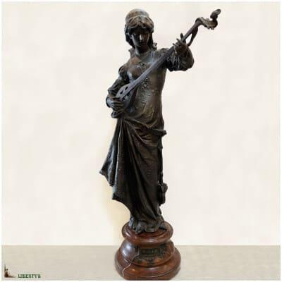 Grand sujet orientaliste régule avec sujet «Bianca» sur base marbre cerise, signé Cherdeville, haut. 88 cm, (Fin XIXe)