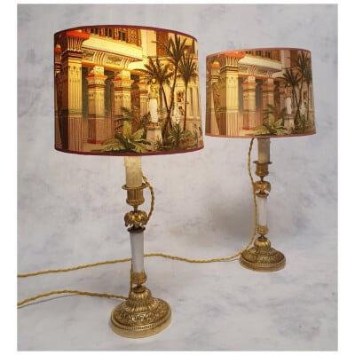 Paire De Bougeoirs Montés En Lampe – Style Louis XVI – Bronze & Marbre – 19ème