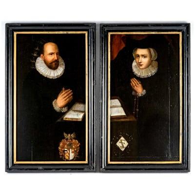 École Flamande du XVIIème siècle Paire d'huiles sur panneaux Portraits de Famille