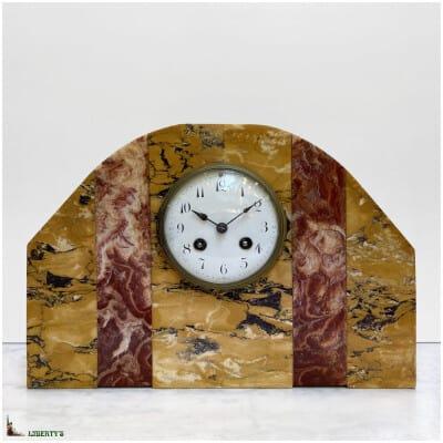 Pendule Art-Deco marbre, larg. 33.5 cm (1920-1930)