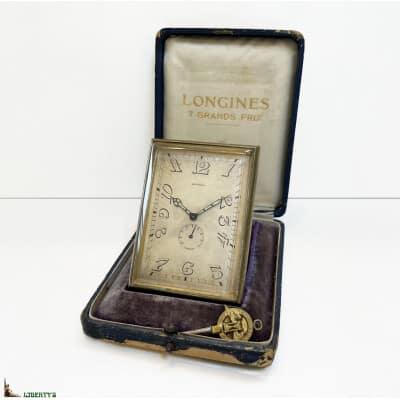 Pendulette de voyage Art-Deco Longines avec mouvement 8 jours et réserve de marche avec sa clé et sa boîte, 8.5 cm x 6 cm, (Deb XXe)