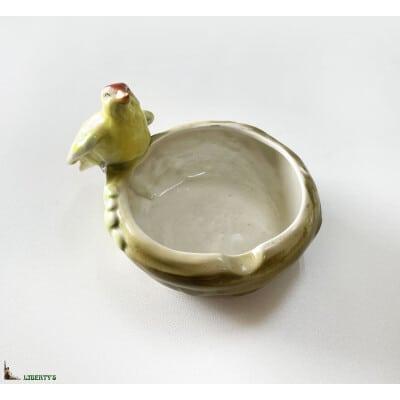 Cendrier barbotine avec oiseau, larg. 15 cm, (Deb XXe)