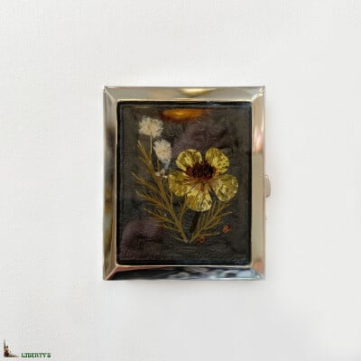 Photo holder with natural flowers by Pierre-Bex, 5 cm x 6 cm, (1970-1980)