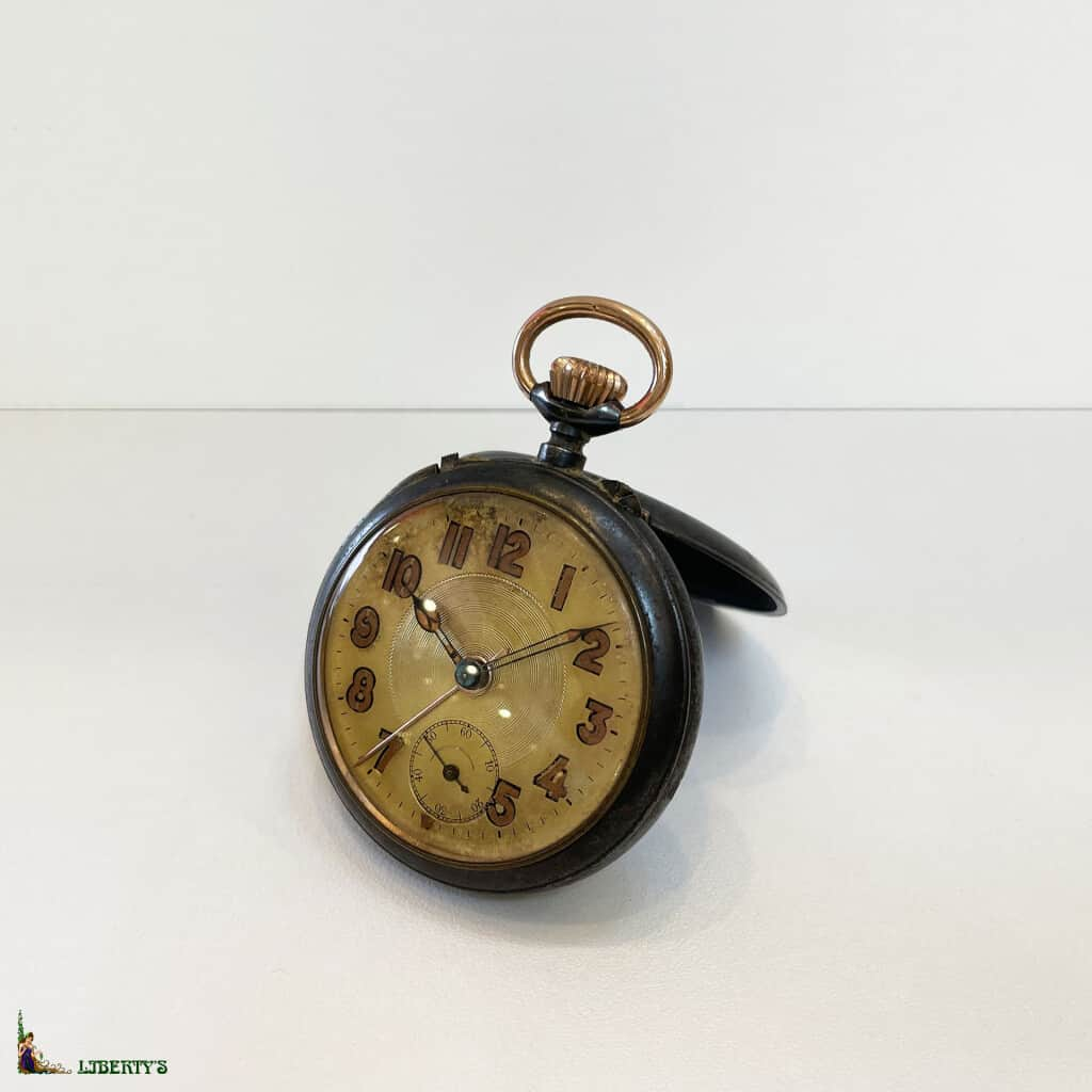 Montre acier avec réveil, diam. 5.5 cm, (Deb XXe)