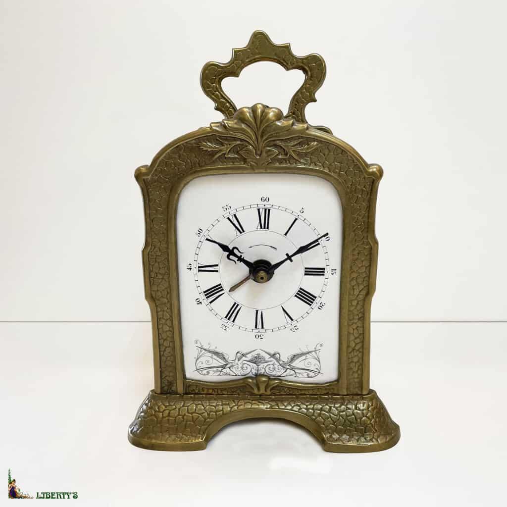 Réveil bronze Art Nouveau, haut. 19.5 cm, (Fin XIXe)