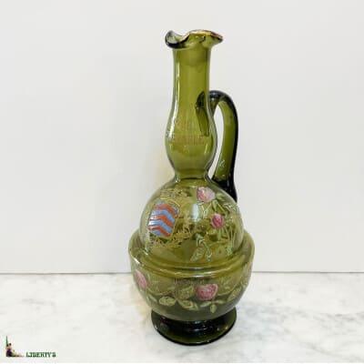 Carafe en verre emaillé de Legras, «La vraie semblable, distillerie d'Ivry», haut. 29 cm (Fin. XIXe)